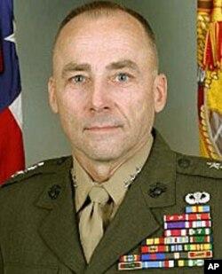 前美国海军陆战队太平洋司令华莱士.格里格森(资料照片)