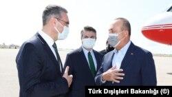 Dışişleri Bakanı Mevlüt Çavuşoğlu Yunanistan'da temaslar bulunuyor