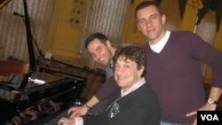 Музыканты трио «Короли буги-вуги»