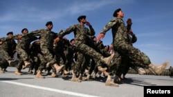 قوای افغان از ۲۰۱۴ به اینسو رهبری کامل عملیات جنگی را از سربازان ناتو و امریکایی تحویل گرفته است