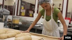 [구석구석 미국 이야기] 여성 이민자들의 빵가게