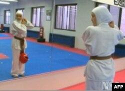 Moda olami sportchi muslimalar uchun maxsus formalar taklif qilmoqda