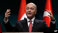 바르함 살리 이라크 대통령이 지난달 3일 레제프 타이이프 에르도안 터키 대통령과 공동기자회견을 열고 발언하고 있다.