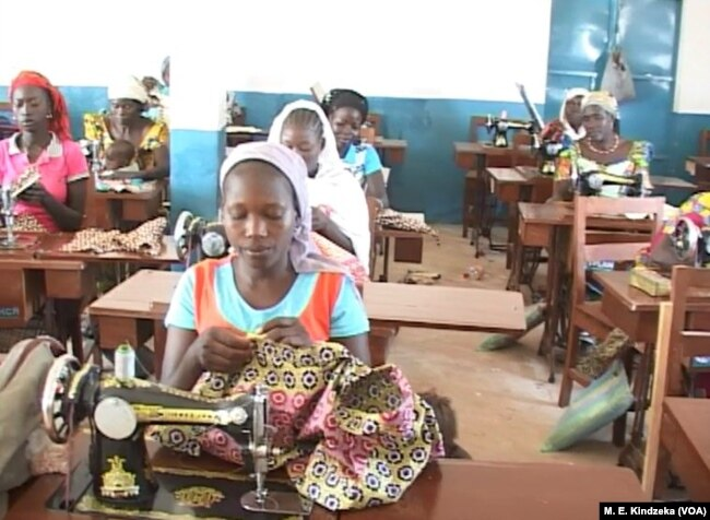 Nigerian refugee seamstresses