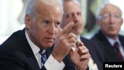 Phó Tổng thống Joe Biden nói chuyện tại một cuộc họp về vấn đề ngăn chặn bạo động do súng gây ra tại Tòa Bạch Ốc