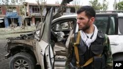 Bomb Explodes Near Convoy of Presidential Frontrunner