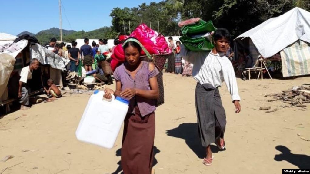 ရခိုင္ဒုကၡသည္မ်ား (International Committee of the Red Cross Myanmar)