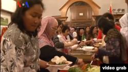 Wisma Indonesia, kediaman Dubes RI di AS mengadakan acara buka puasa bersama untuk muslim Indonesia dan warga muslim lainnya (15/7).