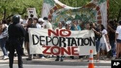Обама го врти фокусот кон имиграционата реформа
