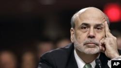 Ông Bernanke trong buổi điều trần tại Điện Capitol ở Washington, Thứ Năm 7/6/2012