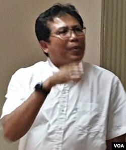 Fadjroel Rachman saat berdiskusi di Megawati Institute di Jakarta, Selasa (5/3). (VOA/Sasmito)