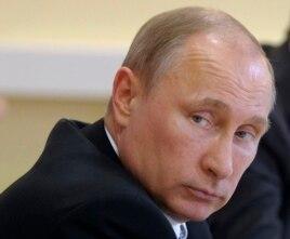 Tổng thống Putin trấn an rằng quân đội Nga sẽ không bị ảnh hưởng gì từ việc mất đi sự hợp tác đã có từ lâu với công nghiệp quốc phòng của Ukraine.