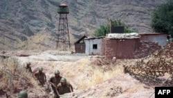 На таджикско-афганской границе (архивное фото)