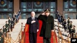 Στο κέντρο ελέγχου των πυρηνικών της Κίνας ο Υπουργός Άμυνας των ΗΠΑ