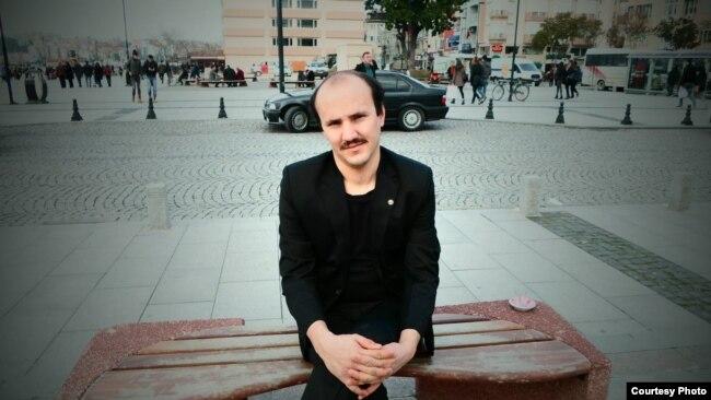 Arəş Mokaridust: Güneyli qaçqınların hüquqi və maliyyə yardımlara ehtiyacı var