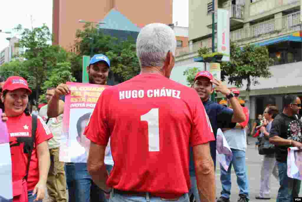 Los seguidores de Chávez, no fueron el grupo principal en la marcha, pero tuvieron presencia.