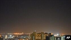 Imagem noturna de Maputo, capital de Moçambique