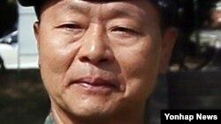 한국 국방부는 4일 제1야전군사령관으로 장준규 중장을 대장으로 진급시켜 내정했다고 밝혔다.
