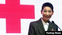 김성주 대한적십자사 총재가 15일 서울 적십자 본사에서 열린 '대한적십자사 창립 110주년 비전' 선포식에서 인사말을 하고 있다.
