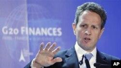 美國財政部長蓋特納2月份在20國集團記者會上回答問題