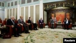 中国总理李克强在北京中南海会晤到访的美国国会议员团。(2018年11月1日)