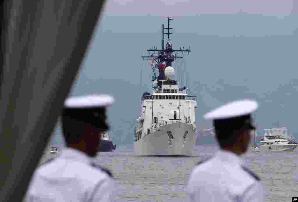 The BRP Ramon Alcaraz prepares to dock for a formal welcoming ceremony at Subic Freeport, Philippines, August 6, 2013.