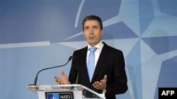 Sekretari i NATO-s flet për Afganistanin gjatë një seminari në Uashington