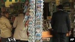 গ্রীসে অন্তর্বর্তী প্রধানমন্ত্রীর নিযুক্তি সম্পন্ন : ইটালির বারলাসকোনি ভোটে টিকে গেলেন