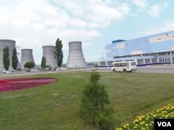俄罗斯南部的沃罗涅日核电站,其中一些机组与中国田湾核电站相似,当地许多俄罗斯工程师参加过田湾核电站建设(美国之音白桦拍摄)