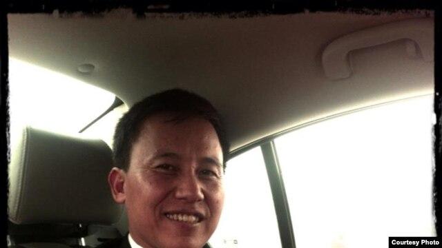 Anh Lê Dũng thuộc đội bóng NO-U.