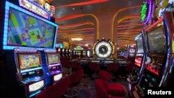 Al tener dudas sobre los documentos de la madre e hija, funcionario del casino alertaron a las autoridades.