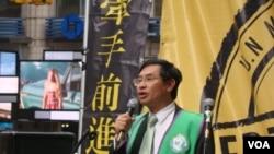台灣前任衛生署署長涂醒哲 (美國之音宋德成拍攝)