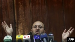 Guvernatori i Bankës Qendore të Afganistanit jep dorëheqjen dhe largohet nga vendi