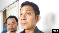 Abetnego Tarigan, Direktur Eksekutif Walhi (VOA/Muliarta)