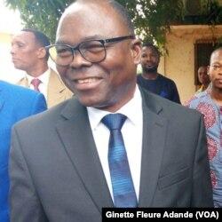 Lucien Kokou, ministre de l'Enseignement secondaire, à Cotonou, Bénin, le 10 septembre 2017. (VOA/Ginette Fleure Adande)