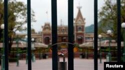 香港迪士尼1月26日大门紧锁。