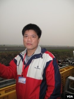 台湾军事专家郑继文 (美国之音记者申华拍摄)