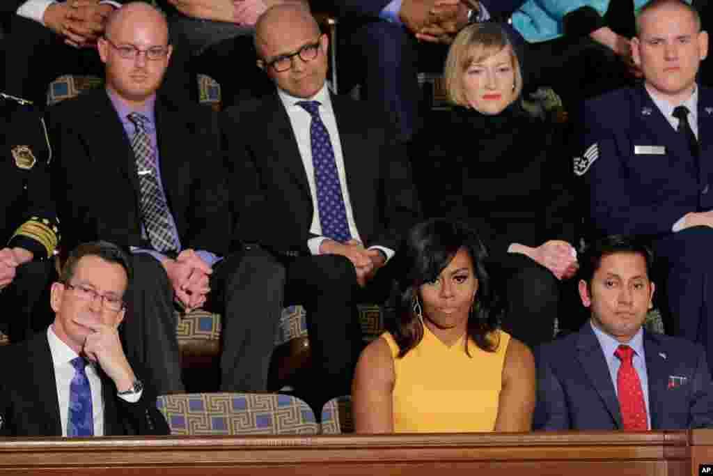 Mishel Obama, prezident rafiqasi, Kongressda qonunchilar orasida
