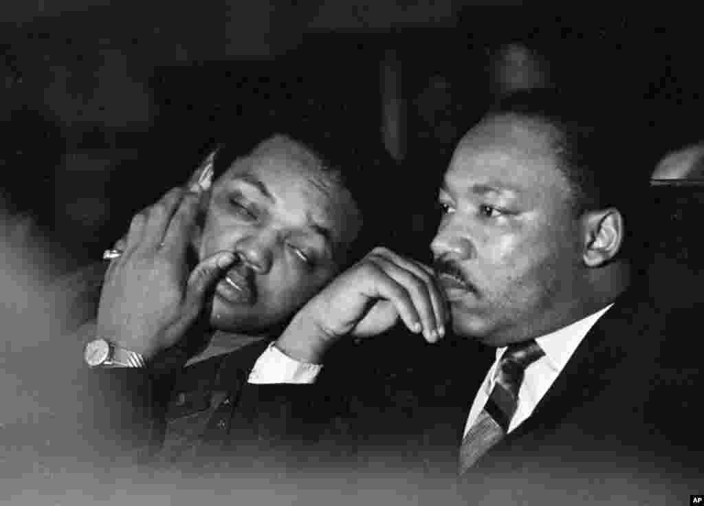La dernière apparition publique de Martin Luther King à Memphis, le 4 avril 1968.