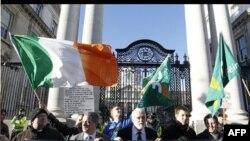 Irci i danas protestuju u Dablinu protiv mera štednje
