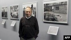 Le photographe David Goldblatt à Paris, le 11 janvier 2011.