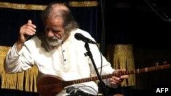 جلال ذوالفنون، آهنگساز و نوازنده سه تار درگذشت