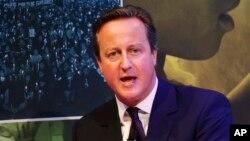 PM Inggris David Cameron dalam panel diskusi di New York, 27 September 2015 (AP Photo/Jason DeCrow).