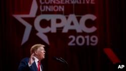 Shugaba Trump a lokacijn taron CPAC 2019, a Oxon Hill, Md., ranar 2 Maris, 2019.