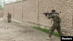 El Talibán mantiene aún una fuerte insurgencia en Afganistán y choca a menudo con las fuerzas del gobierno afgano.