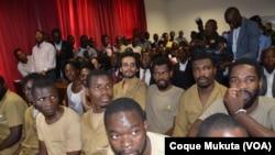 Activistas em tribunal I sessão. Luanda, Angola. Nov 16, 2015