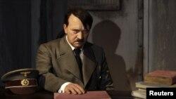 Ở Đức, dưới thời Hitler, đảng Nazi chỉ có trên năm triệu đảng viên trên tổng số khoảng 80 triệu dân