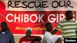 Người làng Chibok biểu tình yêu cầu giải cứu các nữ sinh.