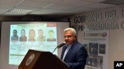 El procurador general de México, general Marco Antonio Higueras informó sobre la detención de los sospechosos en el caso del asesinato de dos surfistas australianos.