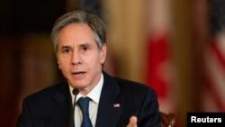 Ngoại trưởng Mỹ Antony Blinken phát biểu trong cuộc họp trực tuyến với Bộ trưởng Ngoại giao Canada Marc Garneau